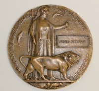 Memorial Plaque  (Death Penny)  DLI WW1 collection